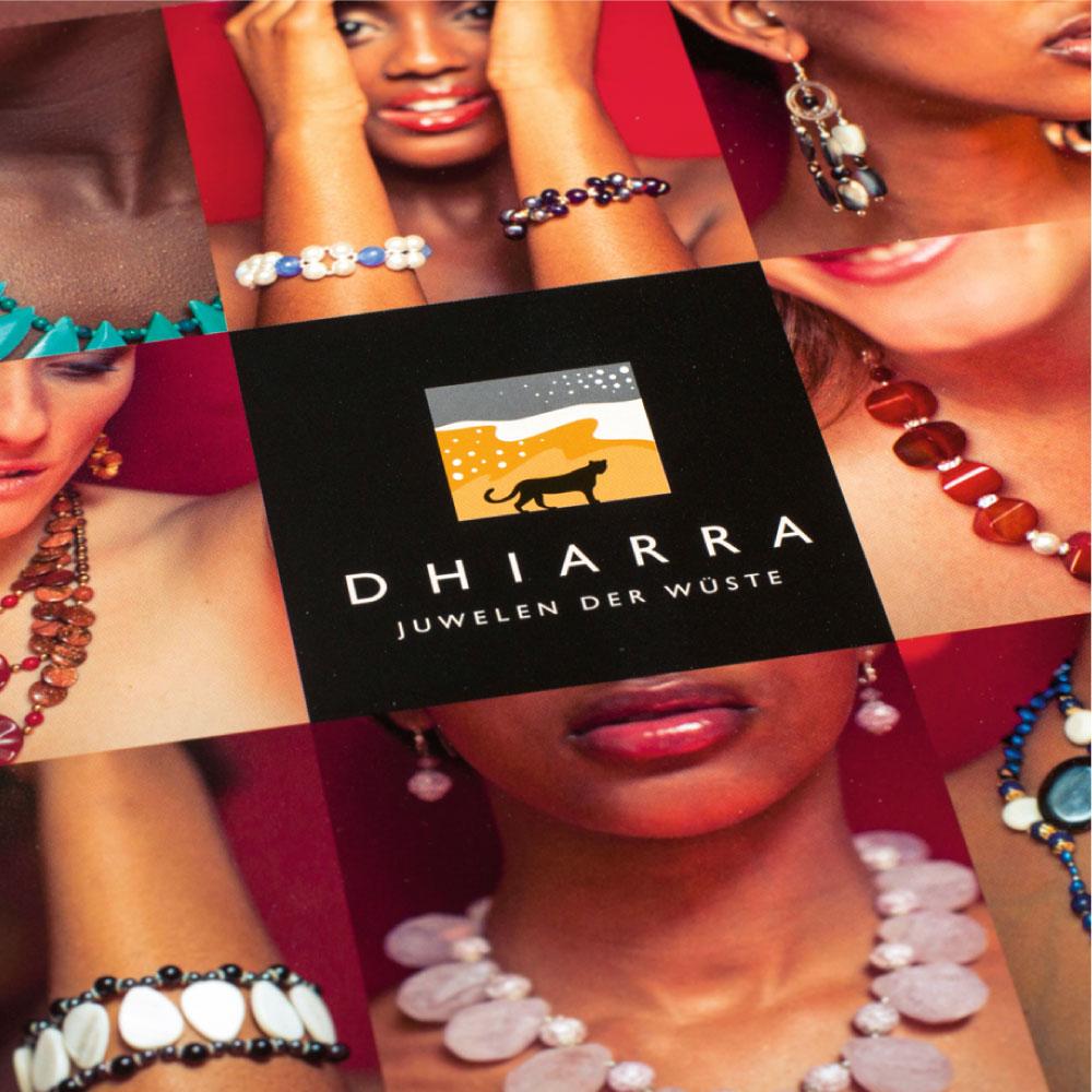 Markenkommunikation auf Papier, im Raum und im Web für Dhiarra Schmuck Design der Broschüre